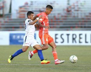Richard Dabas en acción con Cibao FC