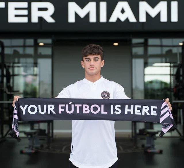 Edison Azcona el día de su fichaje por el Inter de Miami