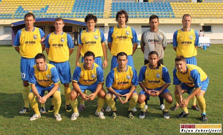 Edward Acevedo en sus años de futbolista en Europa