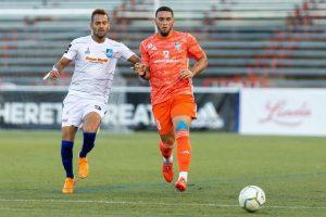 """César """"Danco"""" García en acción con Cibao FC"""