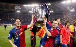 Lionel Messi y Andrés Iniesta celebran la Champions ganada por el Fútbol Club Barcelona en 2009