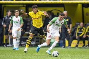 Rubén Vargas en acción contra el Borusia Dortmund